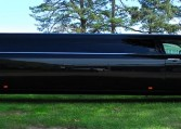 10 Passenger Chrysler Black