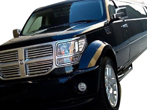 12 Passenger Dodge Nitro Black
